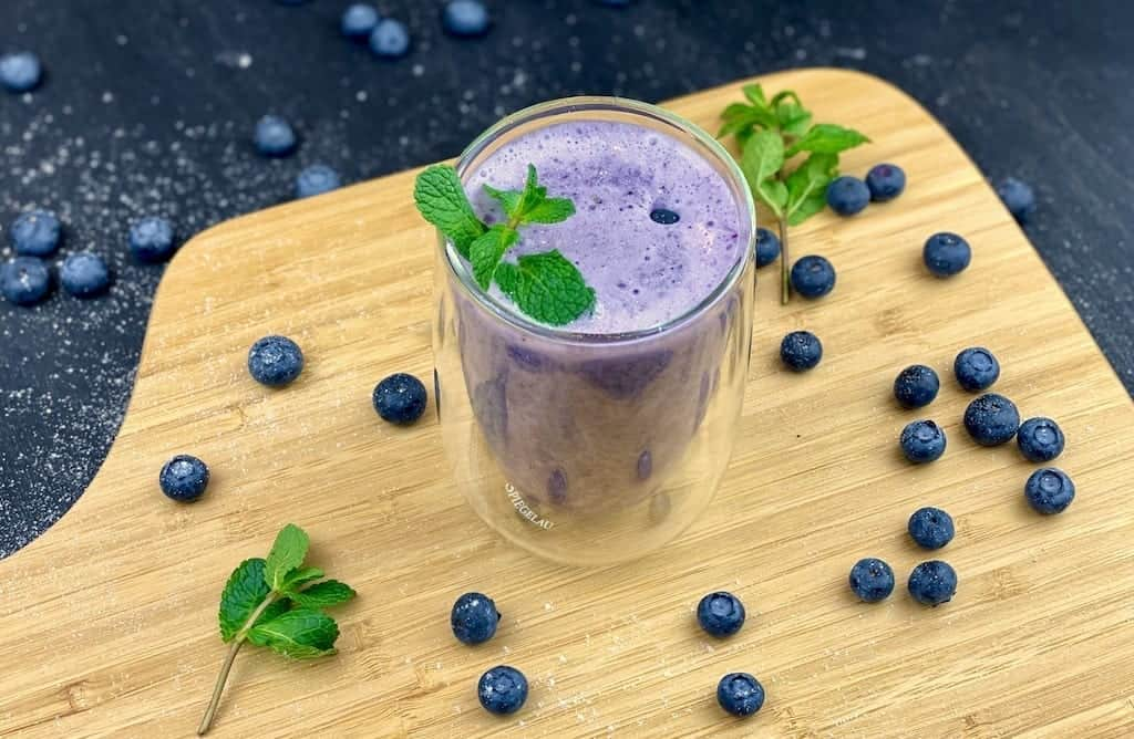 Blue power smoothie