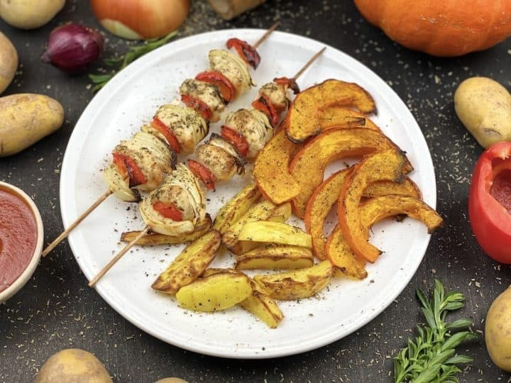 tasty Turkey skewers with potatoes and pumpkin