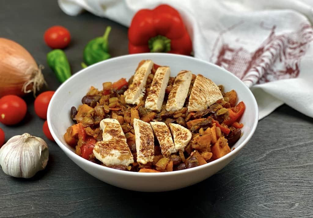Chili-with-pumking-and-veggies