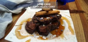 Low-carb chocolate cake
