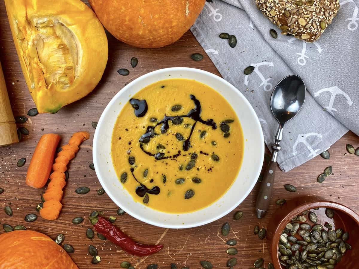 Pumpkin Carrot Soup with Coconut