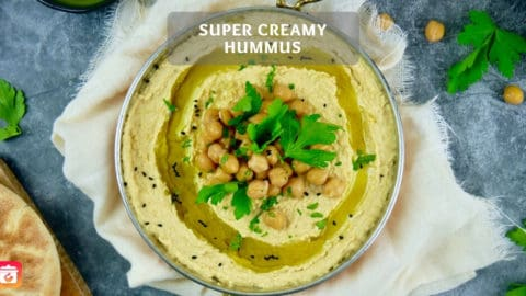 Super creamy Hummus - Healthy chickpea spread