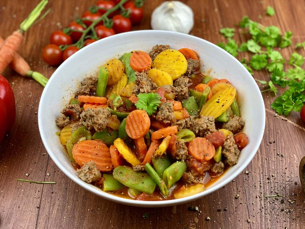 Veggies with Garlic and minced meat